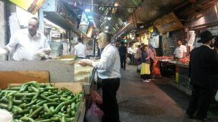 The market buzzing at 10pm